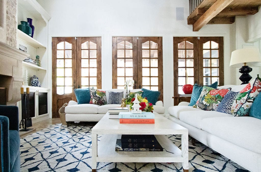 8 Ways to Seamlessly Mix Traditional and Modern Style